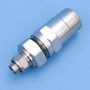 G003-IECm  Stecker  qkx -> IEC-St