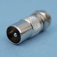 4527 Adapter F-St -> IEC-St